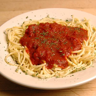 Pasta with fresh red sauce